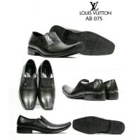Daftar harga Sepatu Pria Sepatu Cowok 075 Bulan Januari 2019 011aa0189d