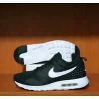 sepatu olahraga original nike air max tavas - nike cortez - nike md runer -  nike 0966ae9bc9