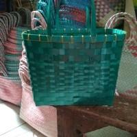 Daftar harga Produk Ukm Bumn Tas Anyaman Plastik Sedang Bulan Maret 2019 fa4293b7e9