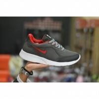 Daftar harga Sepatu Sport Nike Freeman Merah Abu2 Running Bulan ... 1596b9ef17