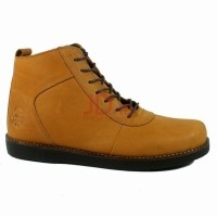 Wolf Sepatu Boots Pria Kulit Golden - Tan Tan 40 (500675099) e4eec410fe