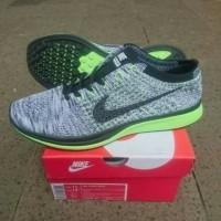 pretty nice eae23 a0766 ... harga Jual Sepatu Nike Flyknit Racer 2.0 Oreo Volt Premium Quality.  Harga Promo.