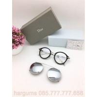 Jual Frame Kacamata Minus Dior Clip On Sunglasses Wanita Hitam lis Silver  09209c4f28