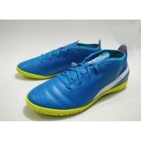 Daftar harga Sepatu Futsal Puma One 17 4 It 10407903 Original Bulan ... 4ee790a994