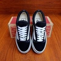 Daftar harga Vans Old Skool Original Shoes Bulan Maret 2019 d760124213