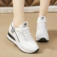 Daftar harga Azkashoes Sepatu Wanita Boot Mg Sleting Putih Bulan ... d65615d35e
