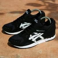 dari toko  Kaskus · Pusat Promo L7s5j4 Sepatu Asics Gel Lyte V Black White  Men Vietnam Sepatu Lari Terlaris G36y2 322410736b