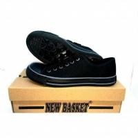Daftar harga New Basket Low Full Black By Toko Sepatu Linda Bulan ... 3eef4573ca