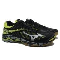 Sepatu voli Mizuno V1GA180005 WAVE LIGHTNING Z4 - BLACK SILVER FLASH  (25549140) a9f281ed97