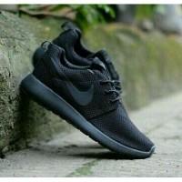 Sepatu Nike Roshe Run One All Full Black Hitam Man Women untuk Pria Wanita  Cewek Cowok 94977fd1c0