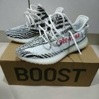 a4c4f41794da8 Daftar harga Adidas Yeezy Boost 350 V2 Ua Pk Version Zebra Bulan ...