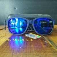 Kacamata Fashion Pantai Sepeda Anti UV Kalibre 996133-999 New Arrival 54a73ba2d8