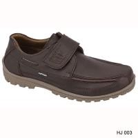 Daftar harga Sepatu Sneakers Pria 003 Bulan Maret 2019 64b1c8ca47
