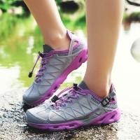 Sepatu Sneakers Wanita Model Sport Casual untuk Outdoor   Hiking f292293b4b