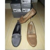Daftar harga St Yves Flat Shoes Wanita Bulan Februari 2019 ee70362d13