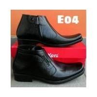 kickers-Sepatu formal pria sepatu pdh pria sepatu pantofel pria Kulit  Risleting Formal Kerja Kantoran warna hitam 419baa0c0e