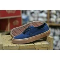 ... Skate Sakaters Casual Sneakers Sekolah Gaya Kuliah Slip On Slop Loafers  Boots For... price   Rp 210.000. dari toko  Lazada. Promo!!! Sepatu Pria  Vans ... 874bb1ae36