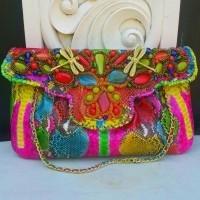 Raisa Size L Full Piton Multi Color - Tas Clutch Kulit Ular Buat Pesta  Dengan Model Kipas 753a4a820a